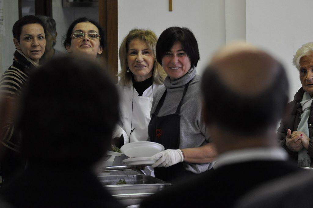23 gen - Fratel Robert Schieler a Villa Flaminia, nella mensa dei poveri